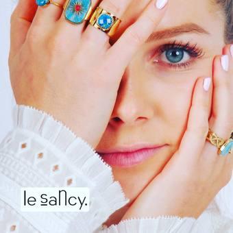 Bijoux mania ✨  Bijoux Zag  À retrouver en magasin et sur notre e-shop  #zagbijoux #bijoux #acierinoxydable #pierresemiprecieuse #turquoise #apatite #accumulation #layering #tendance #summer #mood #blonde #bleu #montblanc #stdupont #swarovski #lesgeorgettes #uneaune #bygarance #bronzallurejewelry #jourdanbijoux #singasong #centrevalentine #lesancyboutique #sancylovers